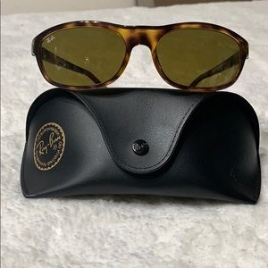 🌞Ray Ban Unisex RB4114 642/73 Active Lifestyle 🌞